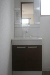 高知市神田のK様邸、サンブランドハウスの新築完成写真です。洗面器になります。