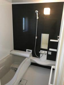 岡山県赤磐市M様邸の新築完成写真のユニットバス部分です。