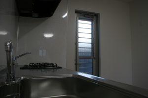 高知県香美市W様新築完成写真のキッチンです。