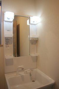 高知県香美市W様新築完成写真の洗面台です。