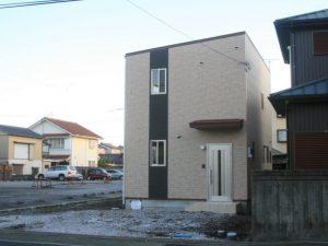香美市土佐山田町で新築を建てたW様のお家の正面写真です。