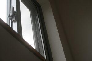 香美市土佐山田町で新築を建てたY様のお家の窓の写真です。