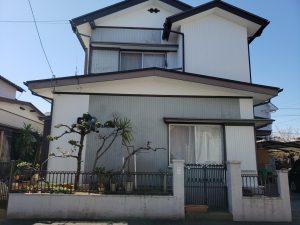 高知市のリフォームH様邸のお家の正面写真です。