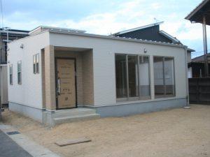 倉敷市Y様邸の新築のお家の正面写真です。