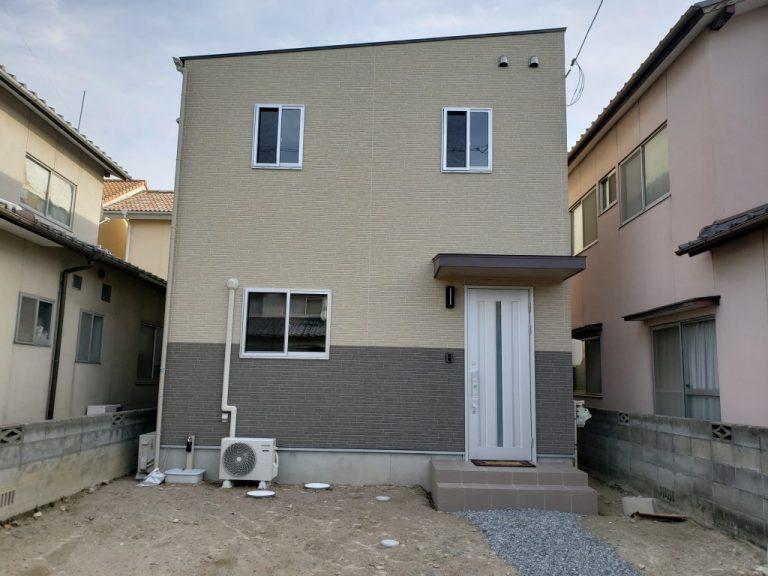 岡山市南区福富西の森本様邸新築写真の正面から撮影したものです。