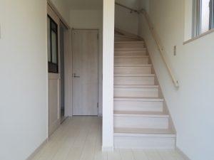 岡山市南区福富西の森本様邸新築写真の階段部分です。