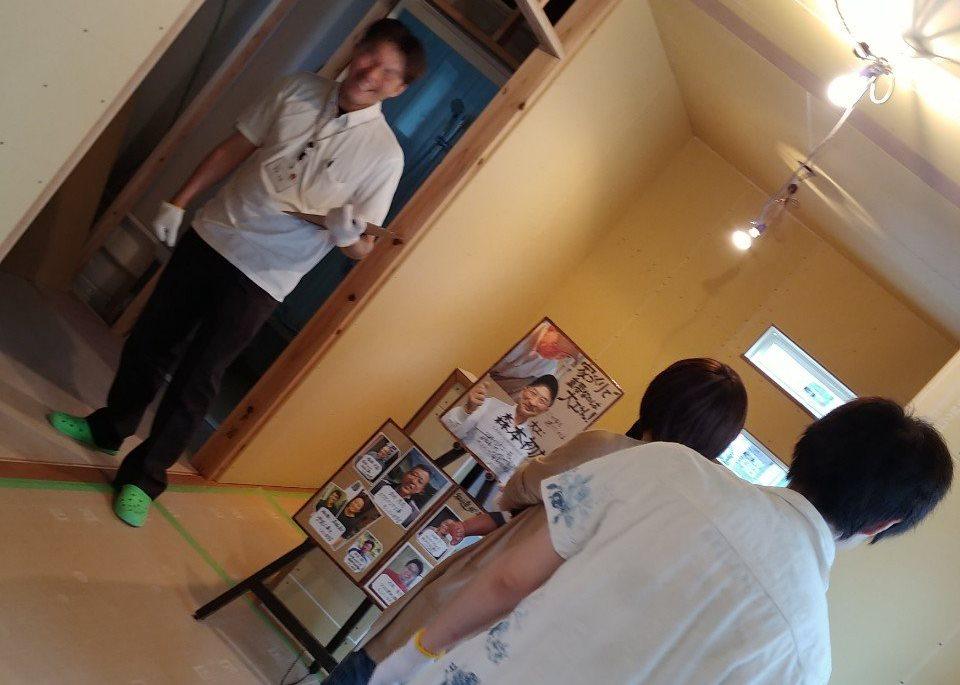 高知市石立にて行われる新築見学会の様子です。