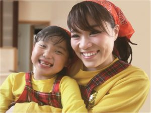 「シングルマザーのための家」のモデルのサン・ブランドママとりおちゃんです。